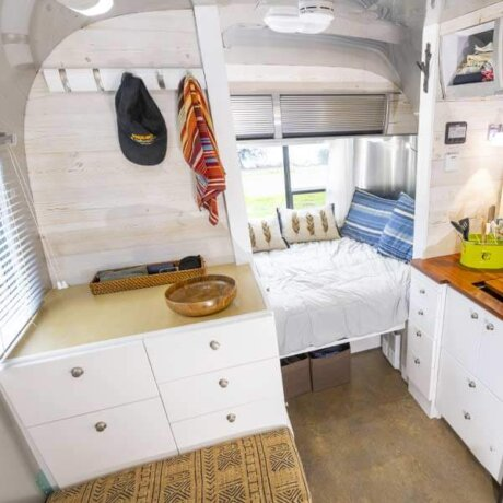 Comfy bedroom Airstream style