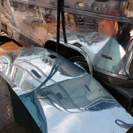 Repairing and restoring the mechanism in an Airstream door